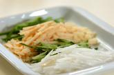炒め野菜のゴマ酢和えの下準備1