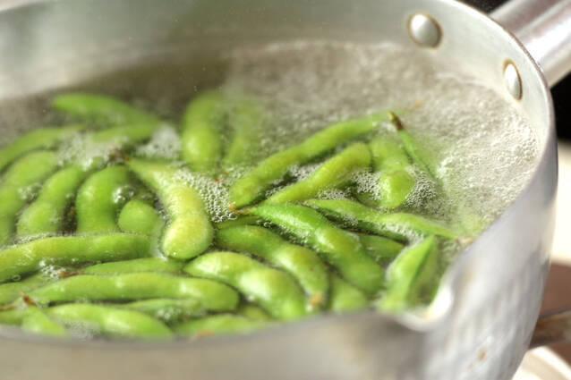 ぷちぷち!枝豆とコーンの落とし揚げの作り方の手順1