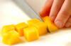 フレッシュな香り!マンゴーゼリーの作り方の手順1