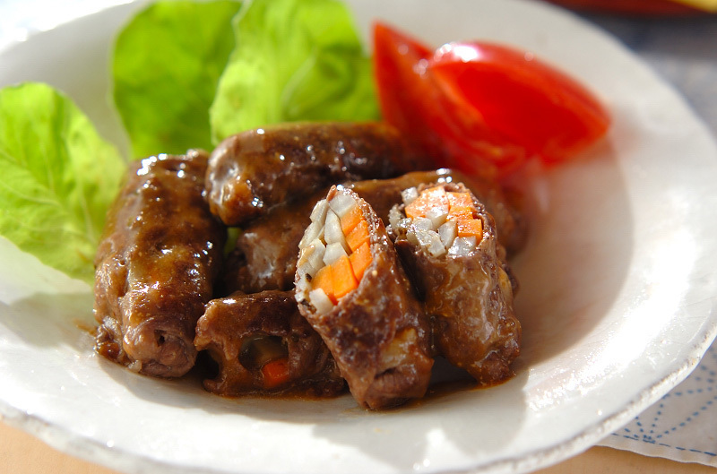 ごぼうとにんじんの牛肉ロール煮