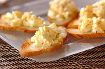 卵とホタテの和風ユズコショウ風味カナッペ