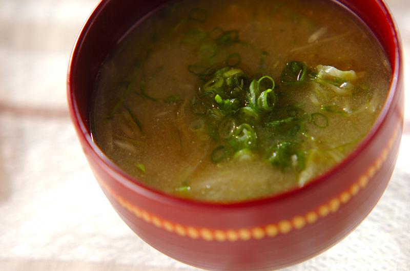 1.千切りキャベツの味噌汁