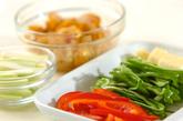 鶏むね肉のサッパリ炒め素麺の作り方1