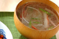せん切り大根の中華スープ