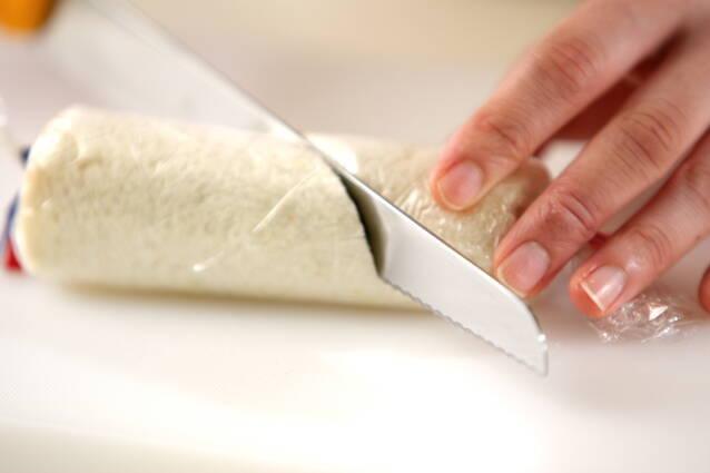 ロールサンドイッチの作り方の手順5