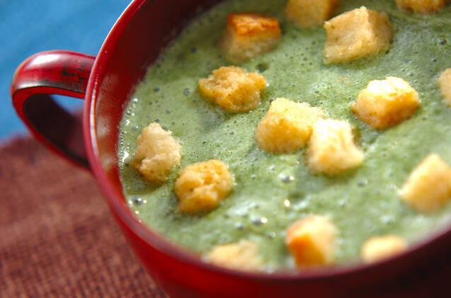ホウレン草の豆乳スープ