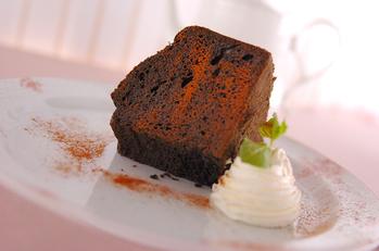 黒のシフォンケーキ