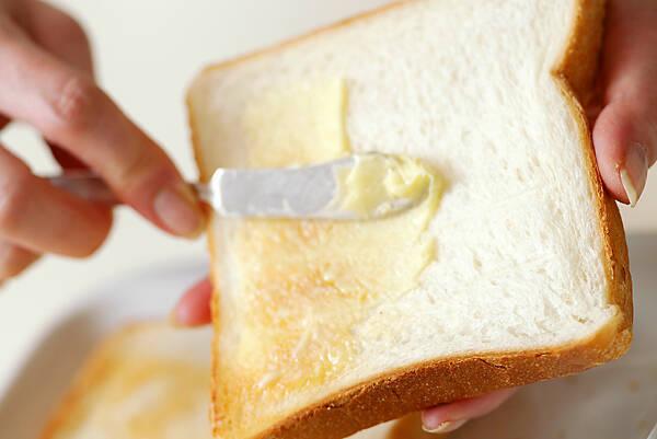 厚焼き卵サンドの作り方の手順1
