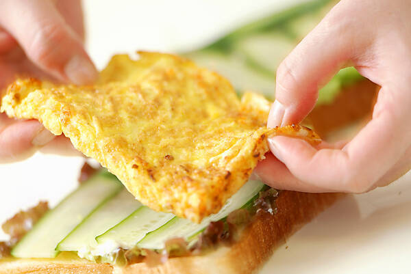 厚焼き卵サンドの作り方の手順4