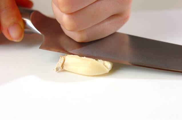ニンニク風味の粉ふきイモの作り方の手順1