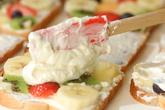 旬の果物のサンドイッチの作り方4