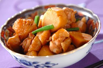 ごはんがすすむ 里芋と鶏肉のシンプル煮