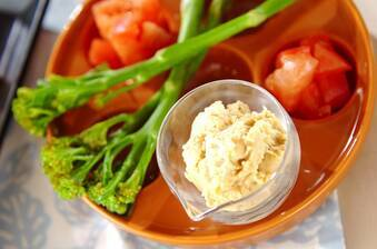 ハモス(ヒヨコ豆のディップ)