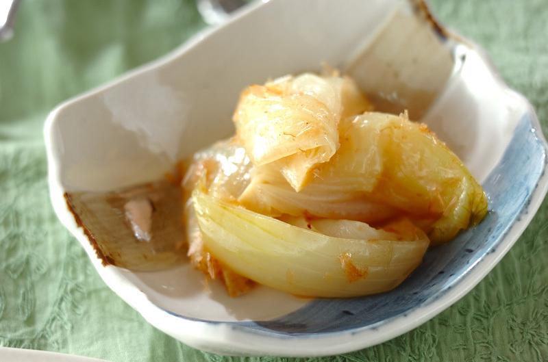 玉ねぎの麺つゆレンジ和え