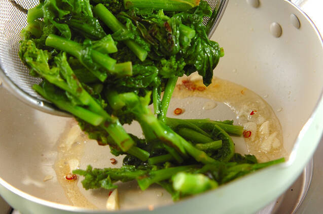 菜の花のニンニク炒めの作り方の手順5