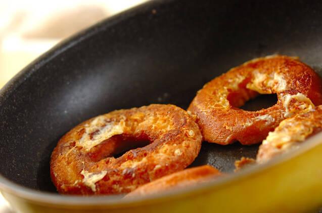 ドーナツフレンチトーストの作り方の手順4