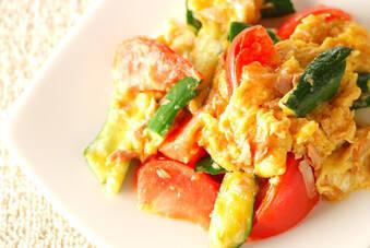 ツナとトマトの卵炒め