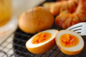 ゆで卵の燻製
