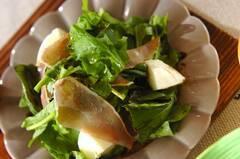 生ハムとルッコラのサラダ