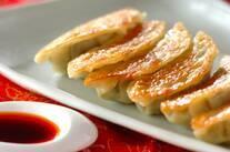 豚肉と春菊の焼き餃子