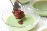 抹茶牛乳ゼリーあずき添の作り方3