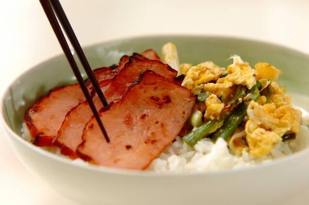 お箸がすすむ焼豚卵丼の作り方の手順5