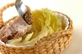 春キャベツと豚バラのトロトロ煮込みの作り方3