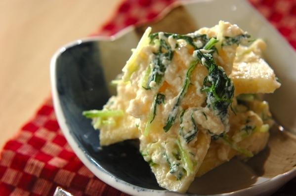 4. 水菜とリンゴの白和え