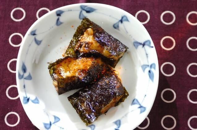 韓国海苔で巻かれたのりチーズ餅