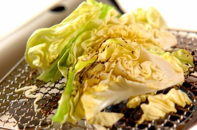 シンプル焼き春キャベツの作り方の手順3