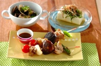鶏肉と野菜の串焼きわさぽんソースの献立