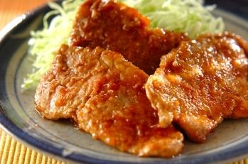 豚肉の黒酢ショウガ焼き