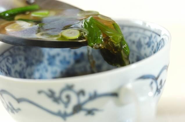 ホウレン草とネギの中華スープの作り方の手順3
