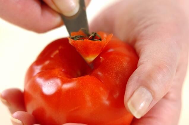 オクラとトマトの炒め煮の作り方の手順2