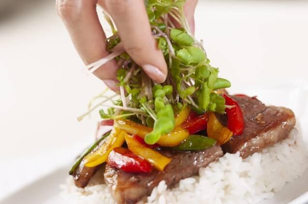 カフェ風野菜とカルビの丼の作り方の手順7