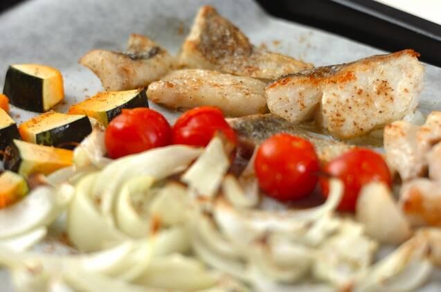 白身魚とトマトのオーブン焼きの作り方の手順3