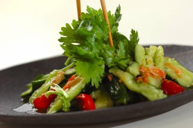 キュウリとパクチーのタイ風サラダの作り方の手順4