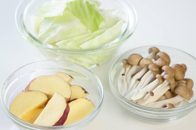キムチチーズタッカルビ鍋の作り方の手順2