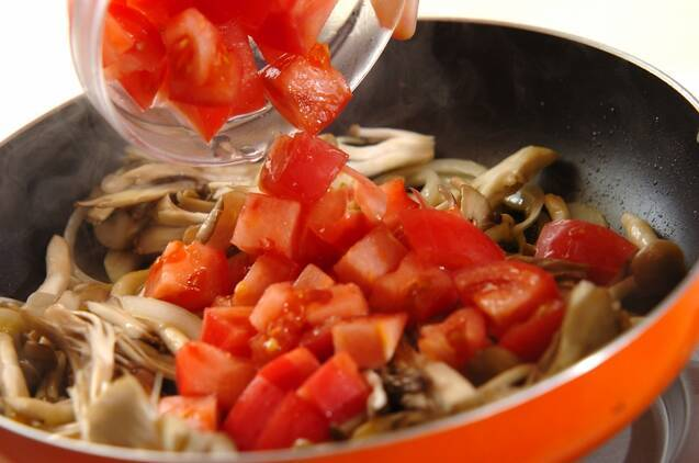 たっぷりキノコのスパゲティーの作り方の手順7