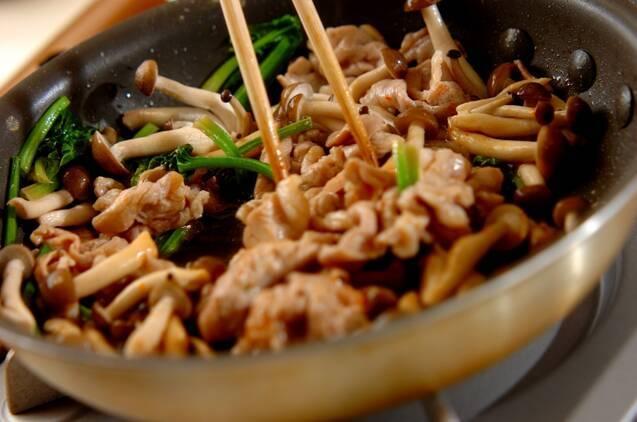 豚肉とキノコの卵炒めの作り方の手順6