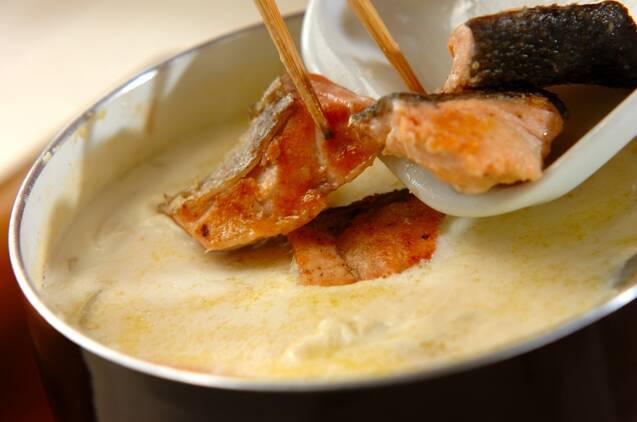 鮭とブロッコリーのクリームシチューの作り方の手順6