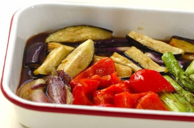 野菜の揚げ浸しの作り方の手順4