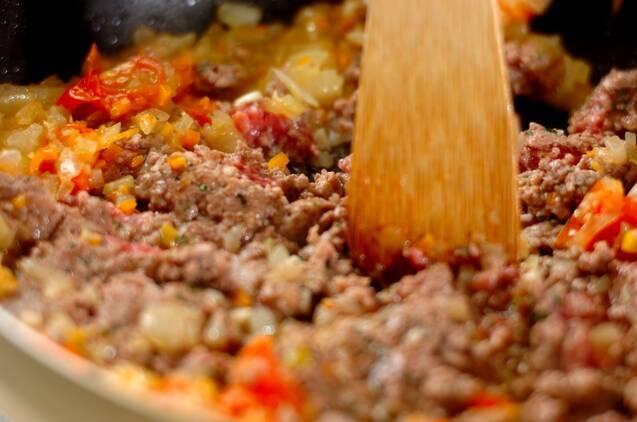 ごろごろひき肉のパスタボロネーゼの作り方の手順4