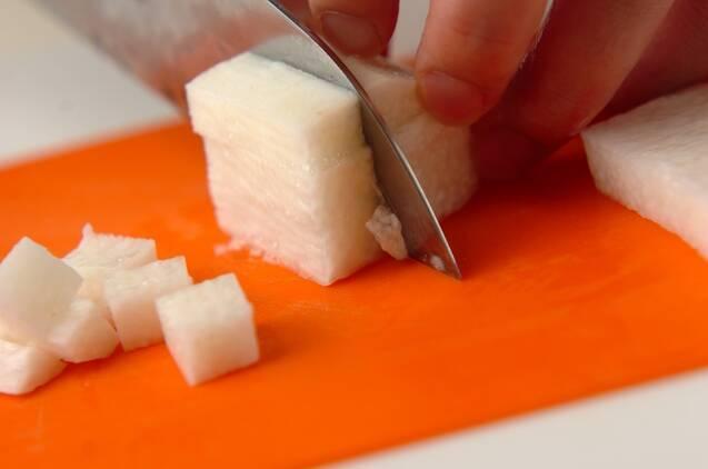 長芋とワカメのサラダの作り方の手順1