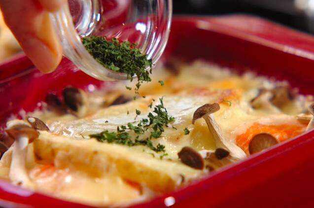 鮭のみそクリームグラタンの作り方の手順5