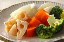 蒸し野菜のホットサラダ