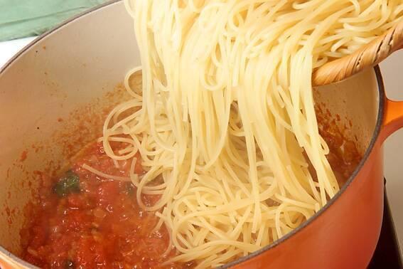 シンプル・トマトパスタの作り方の手順7