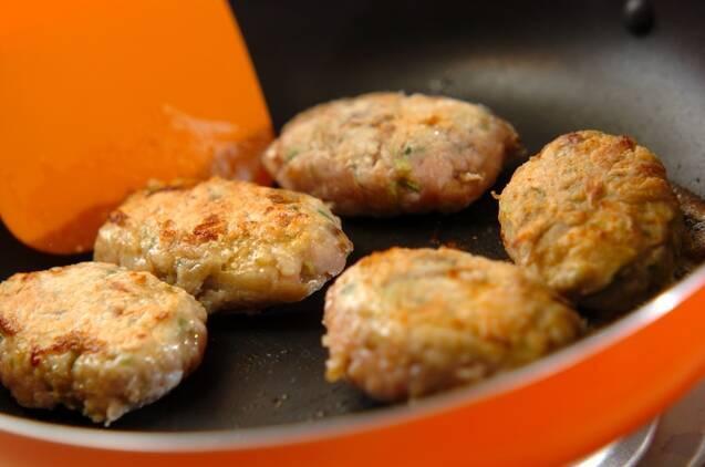 ゴボウ入り鶏つくねの作り方の手順4