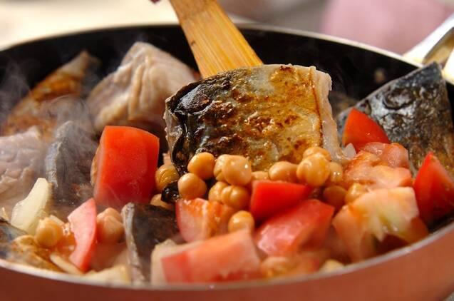 サバとヒヨコ豆のプレゼ(蒸し煮)の作り方の手順4
