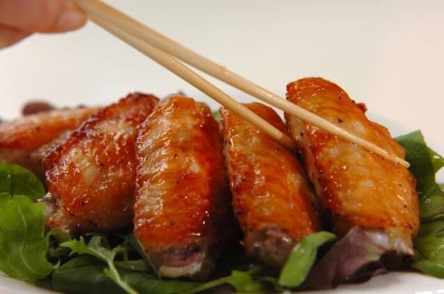 漬けて焼くだけ簡単!鶏手羽中の塩焼きの作り方の手順3